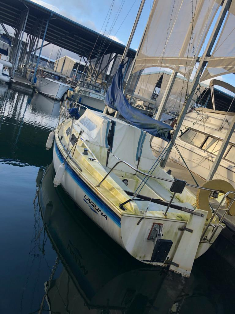 1985 21' LAY22R  AUXILIARY SAILBOAT #1